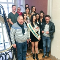 Après un débarquement inopiné dans les services municipaux, voici une partie de l'équipe du service de l'Animation de la mairie de Roubaix. http://www.ville-roubaix.fr/